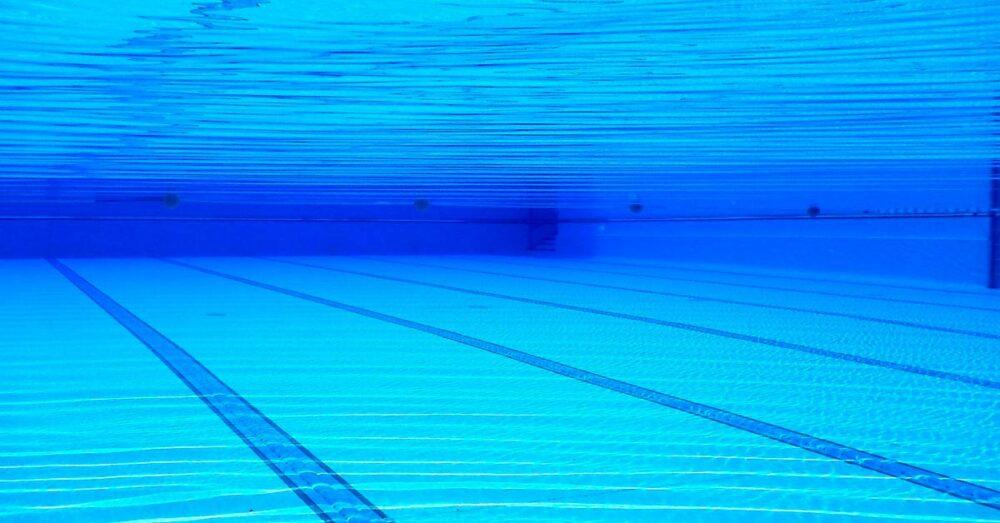 como-funciona-una-depuradora-piscina