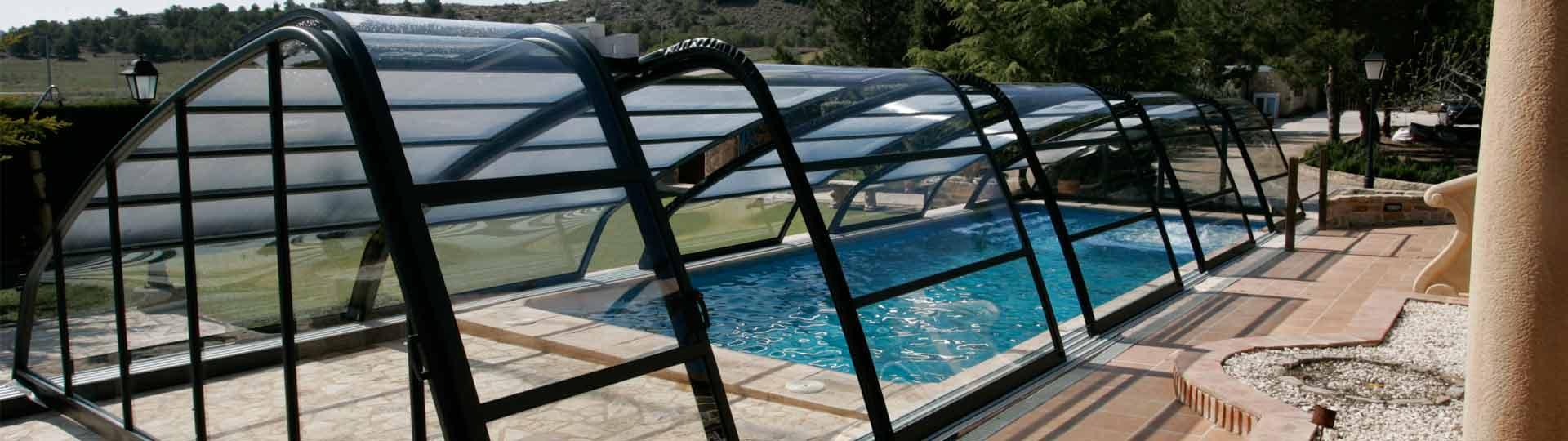 consejos-limpiar-cubierta-de-piscina