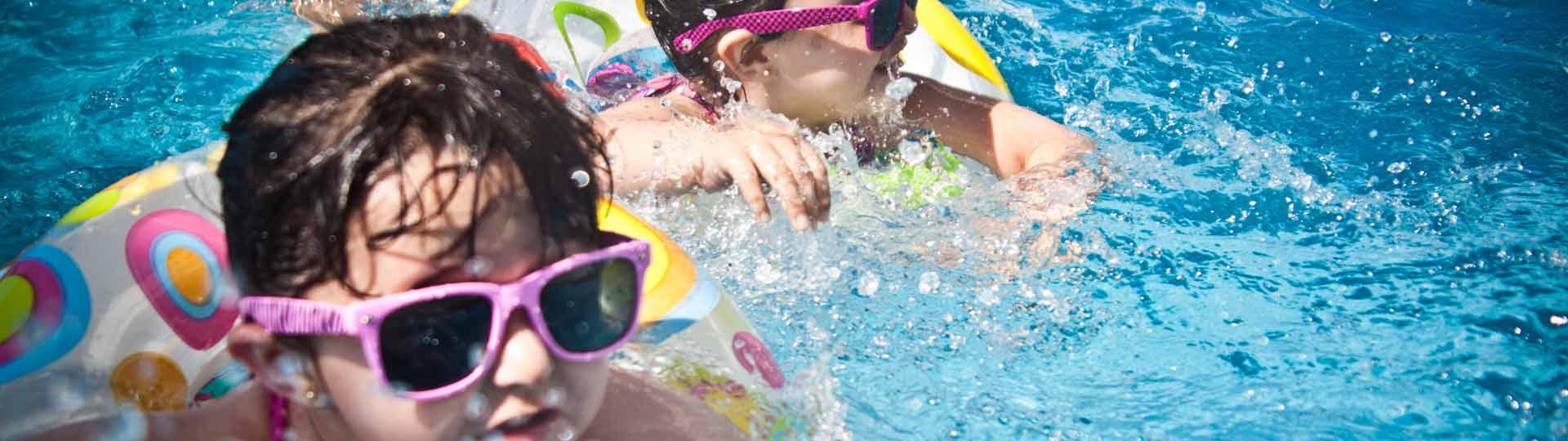 precauciones-bebes-piscina-detalle
